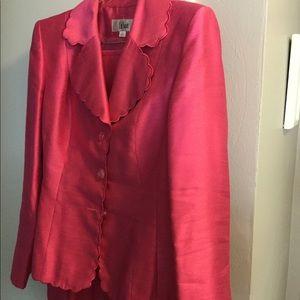 LeSuit pink skirt suit